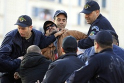 Droits de l'Homme et Corruption en Algérie: Le rapport sombre du département d'Etat américain dans Actualité 5437822-8112068