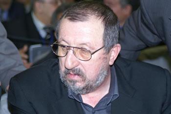 Abdelmadjid Sidi Saïd, patron de l' UGTA, hospitalisé en suisse   dans Actualité p120510-22
