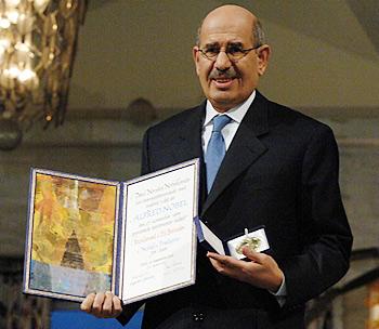 L'ancien vice-président démissionnaire égyptien Mohamed El-Baradei accusé de haute trahison. dans Actualité el-baradei