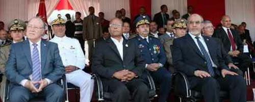 marzouki-armee2 dans International