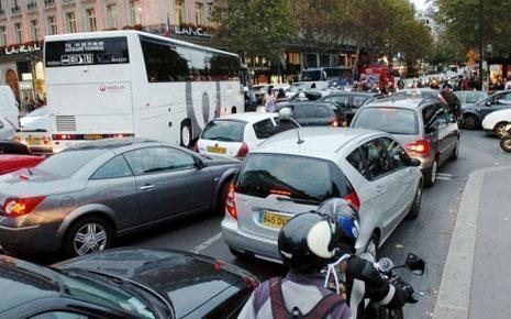 Tizi-Ouzou : Embouteillages dans On vous le dit paris